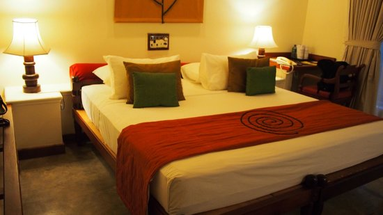 Hotel Sigiriya: Double Bed