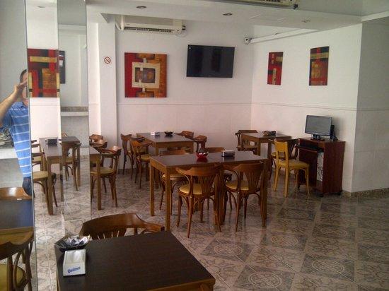 Hotel Pedraza: salon desayunador