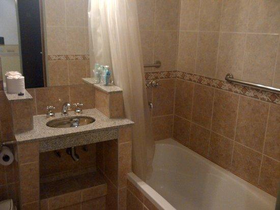 Hotel Pedraza: todoas las habitaciones con bañadera