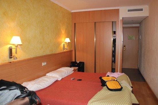 habitacion planta quinta hotel samba