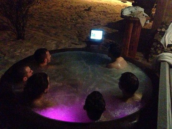 Snow Candy-Chalet Daisy : Watching Hot Tub Time Machine…in the hot tub :)