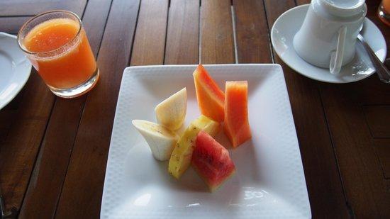 Elegant Hotel: Fruir platter for breakfast