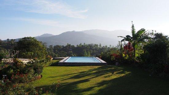 Elegant Hotel: beautiful pool