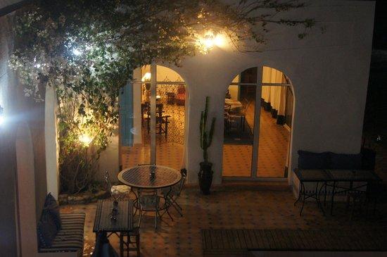 Villa Daba : Vue d'un espace de vie