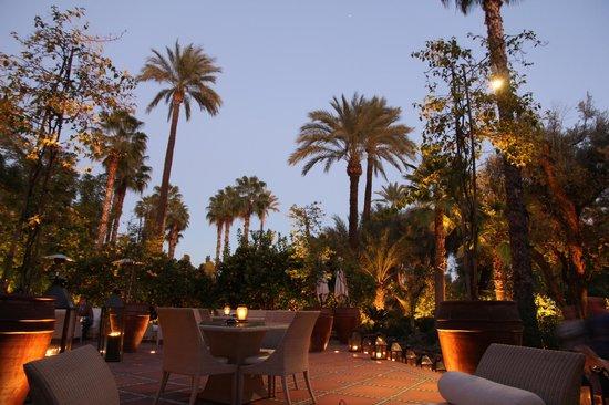 La Mamounia Marrakech : выход в сад