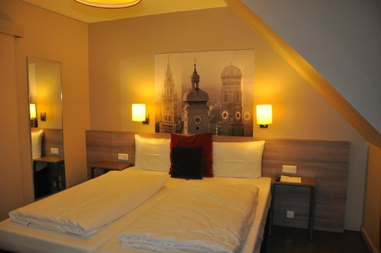 Adagio Muenchen City: Кровати