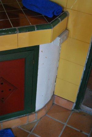 Secret Garden Chiang Mai: Bathroom - sink