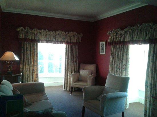 Hazlewood Castle & Spa, BW Premier Collection: Honeysuckle lounge