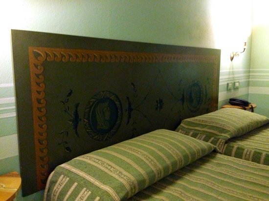 Il Piccolo Castello Hotel : Bed in the room