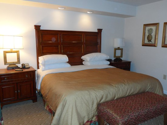 Sheraton Vistana Resort - Lake Buena Vista : master bedroom, 2 bed apt