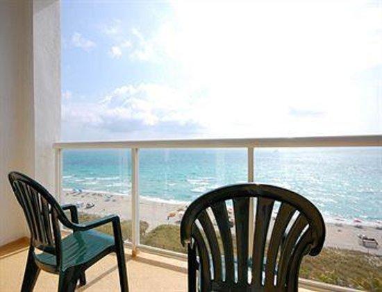 BEST WESTERN Atlantic Beach Resort: Balcony