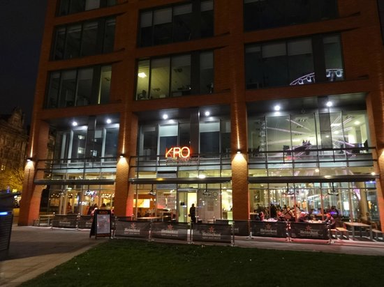 KRO Piccadilly: Frontage