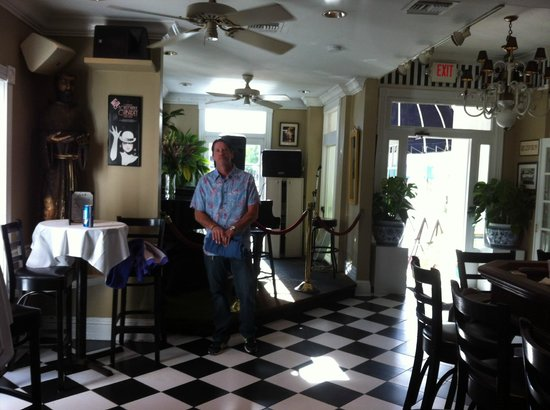 La Te Da Hotel : piano bar ~ my handsome husband!