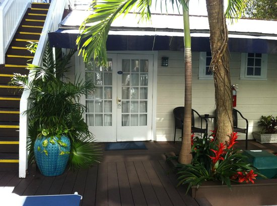 La Te Da Hotel : room 25~ perfect for  us~ steps away from the pool:)