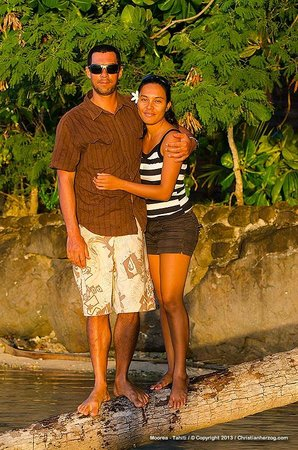 Moorea Surf Bed and Breakfast: Tama and Marie