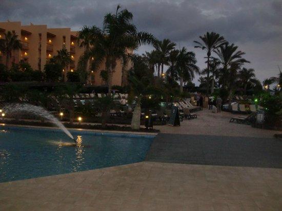 Barcelo Fuerteventura Thalasso Spa : bordo piscina