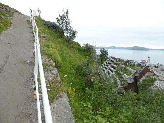 "The Polar Bear Society: The ""Zikk-Zakk Veien"" - The Zig Zag Way to the Top of the Hill in Hammerfest, Norway"