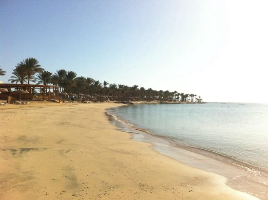 SENTIDO Palm Royale Soma Bay : The beach first thing