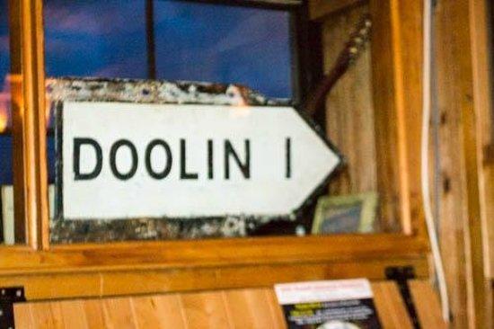 McGann's Pub and B&B: doolin