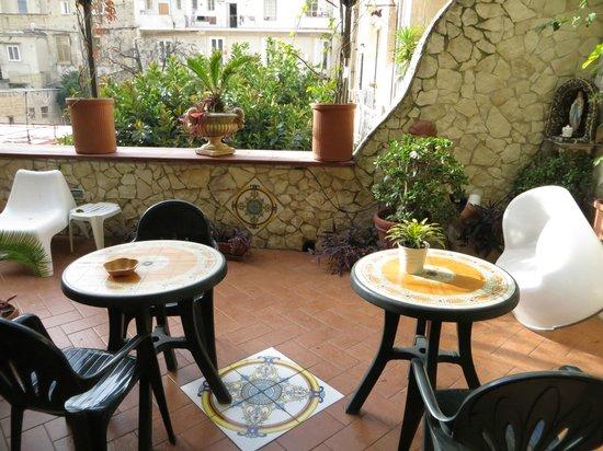 Bed and Breakfast Medea: terrace
