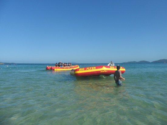 Praia De Quatro Ilhas: Banana e Big Flyer!