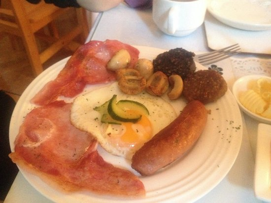 Donnybrook Hall Hotel: Breakfast - Full Irish