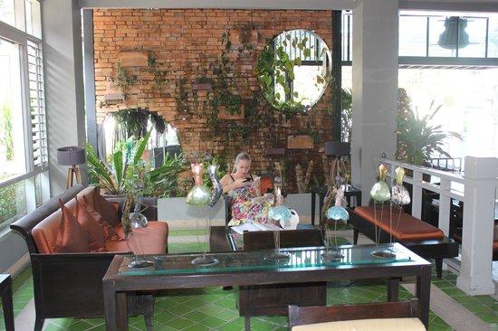 Lantana Pattaya Hotel & Resort: Loby