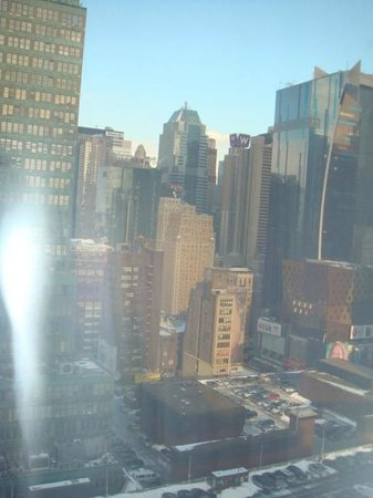 Fairfield Inn & Suites New York Manhattan/Times Square : Room with city view