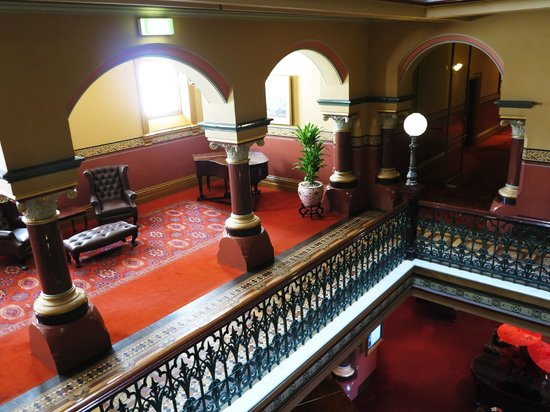 The Hotel Windsor: Grand staircase