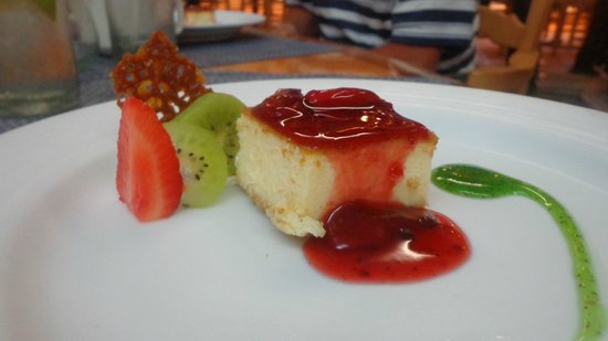 Omni Cancun Resort & Villas : Yummy cheesecake from La Paloma's