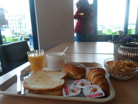 Ibis Budget Amsterdam Airport: Le petit déjeuner