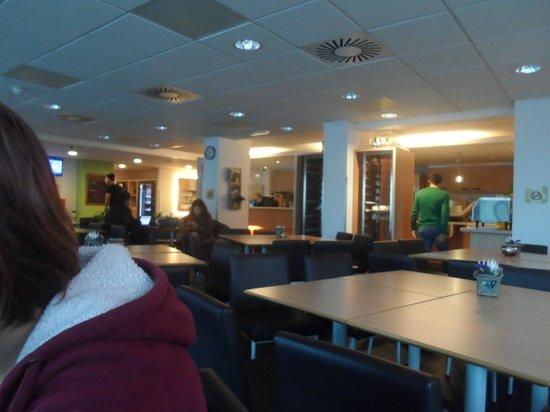 Ibis Budget Amsterdam Airport: La salle à manger