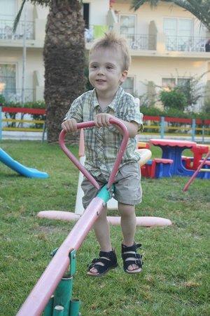 Filerimos Village Hotel: Playground