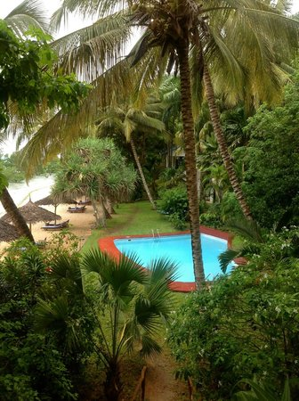 Protea Hotel by Marriott Zanzibar Mbweni Ruins : Relaxing pool area