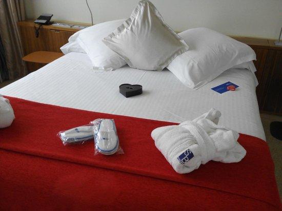Hotel SB Diagonal Zero Barcelona: Llegada a la habitación..
