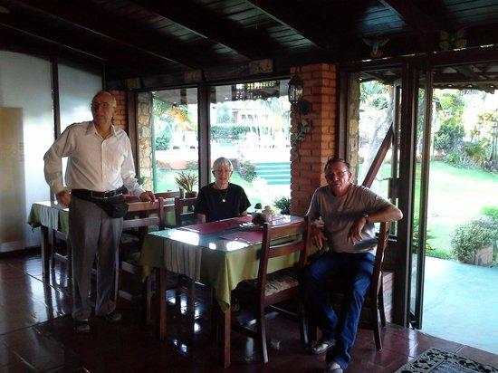 Hotel Villa Dolce: Relaxing at Villa Dolce.  Pura Vida