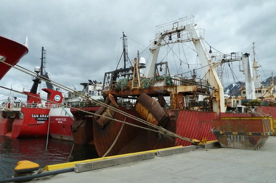 Canal Beagle: Ein Fischtrawler