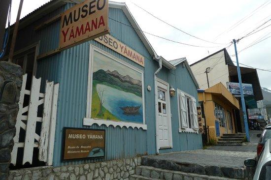 Museo Yámana: Museo Yamana