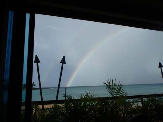 Napili Kai Beach Resort : Rainbow from within the restaurant