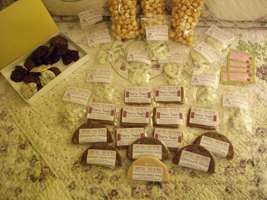 Northern Confections : Enough goodies for everyone back home - and the best candied popcorn ever!