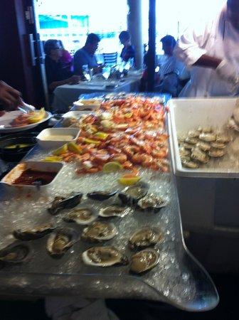 Blue Moon Fish Company: raw bar - brunch