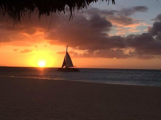 Bucuti & Tara Beach Resort Aruba: Aruban Sunset from Manchebo Beach
