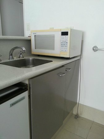 Mercure Wellington Central City Hotel and Apartments: Kitchenette
