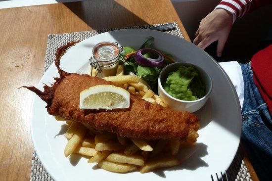 Malvina House Hotel: Natürlich: Fish 'n Chips
