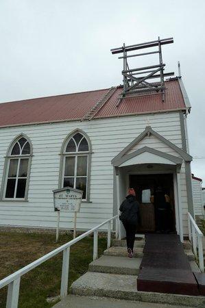 St. Mary s Catholic Church: Die katholische Kirche auf den Falklands