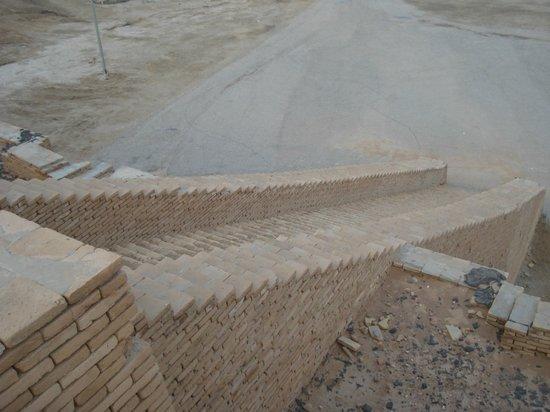 الناصرية, العراق: Ziggurat of Ur Jan 2014