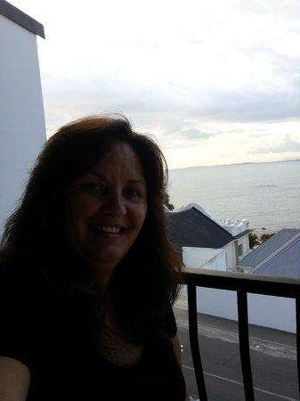 Berg en Zee Guest House : selfie from balcony
