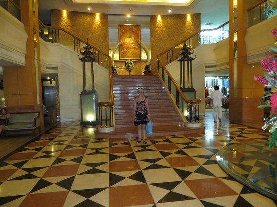 Indra Regent Hotel : Foyer