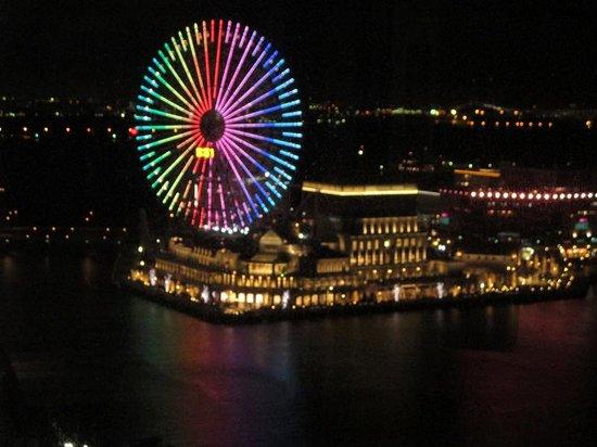 New Otani Inn Yokohama Premium : ニューオータニイン横浜 観覧車側眺望