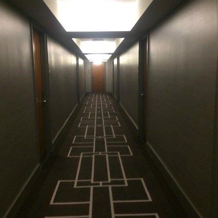 Grand Hyatt New York: WALKING TO MY ROOM